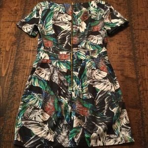 French Connection print dress with pockets! US 6.